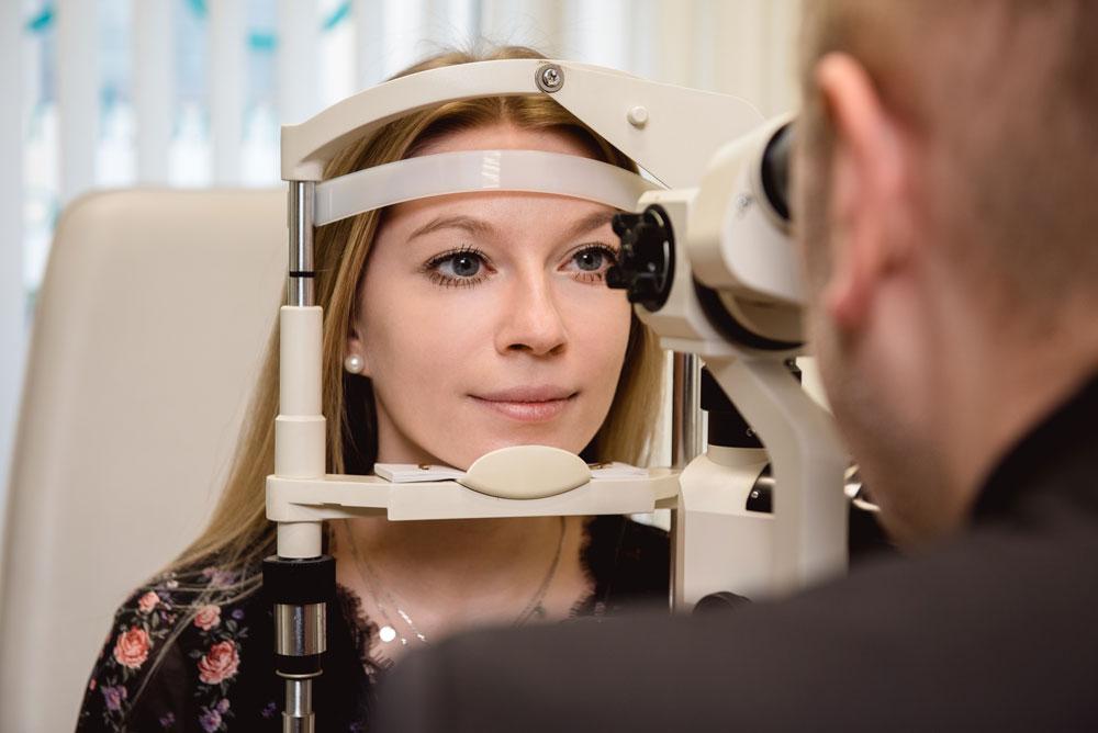 Augenoptik Ilgenstein - Kontaktlinsenanpassung