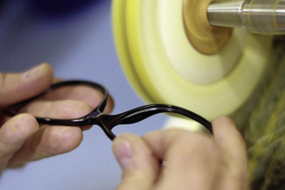 Werkstatt der Augenoptik Ilgenstein - Reparatur und Montage